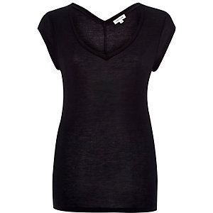 Black jersey V-neck t-shirt
