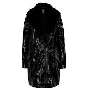 Black Design Forum patent leather jacket