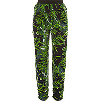 Green leaf print joggers