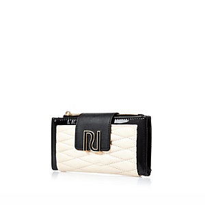 Cream quilted RI purse