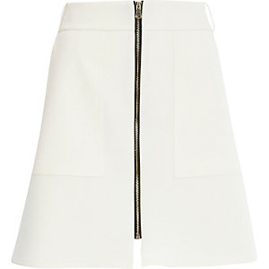 Cream zip pocket front A-line skirt