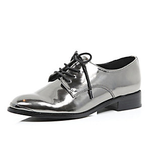 Silver metallic lace-up brogues