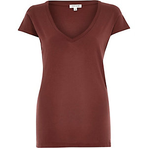 Dark red V-neck cap sleeve t-shirt