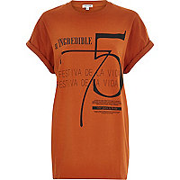 Orange incredible 75 print oversized t-shirt