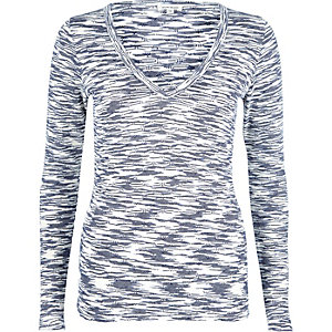 Blue jacquard V-neck top