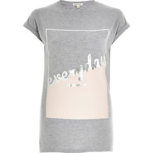 Grey everyday foil print fitted t-shirt