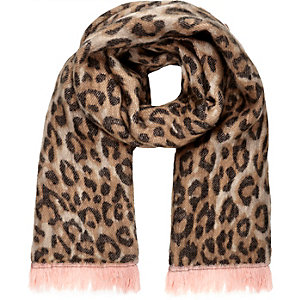 Brown leopard print contrast trim scarf
