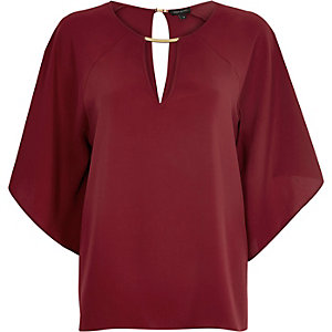 Red draped sleeve t-shirt