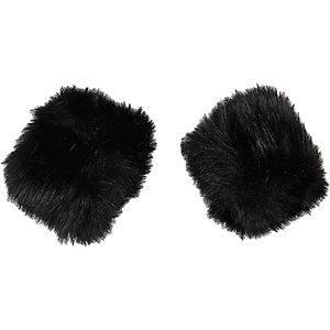 Black faux fur snap on cuffs