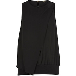 Black wrap band hem top