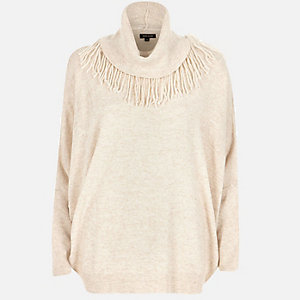 Light beige knitted fringed jumper