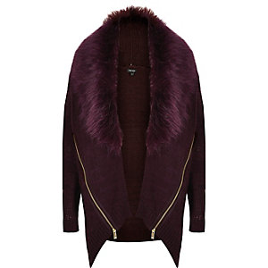Dark red faux-fur collar zip cardigan