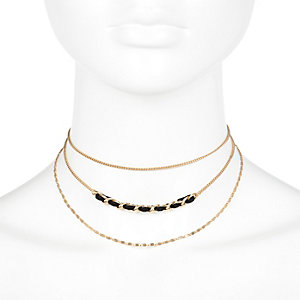 Gold tone triple strand choker necklace