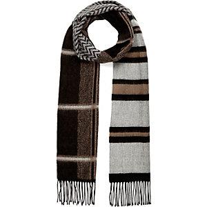 Beige stripe print skinny scarf