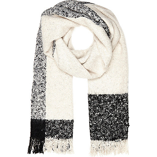 Cream blurred stripe super soft scarf