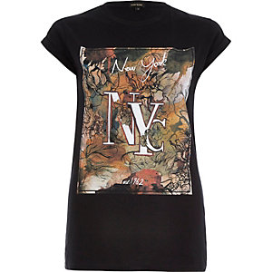 Black floral NYC print fitted t-shirt
