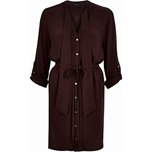 Dark red V-neck tie neck shirt dress