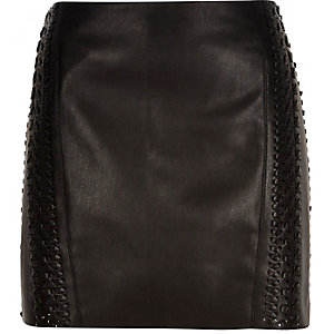 Black leather-look whipstitch pelmet skirt
