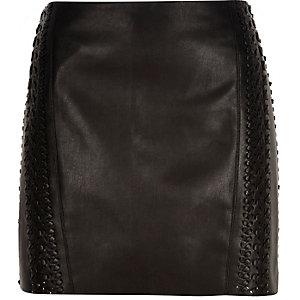 Black leather-look whipstitch pelmet skirt