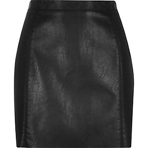 Black crinkle leather-look mini skirt