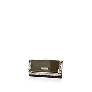 Khaki clip top purse