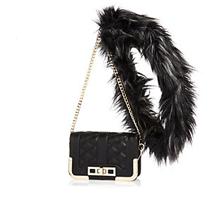 Black wuilted faux-fur strap handbag