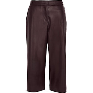 Dark red leather-look culottes