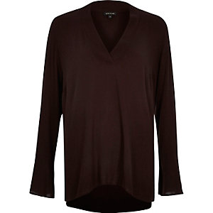 Brown V-neck long sleeve top