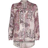 Pink print V-neck shirt
