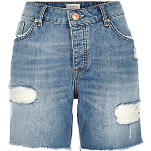 Mid wash distressed boyfriend denim shorts