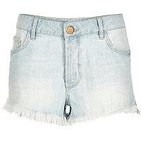 Light wash frayed hem Ruby denim shorts