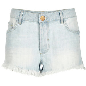 Light wash frayed hem Ruby denim shorts