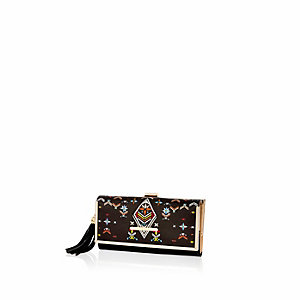 Black embroidery print purse