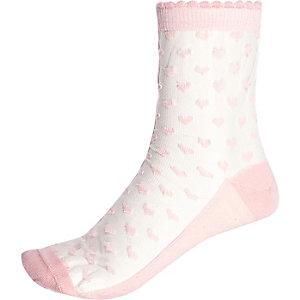 Light pink mesh heart ankle socks