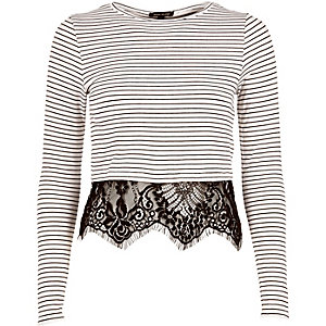 Cream stripe long sleeve lace hem t-shirt