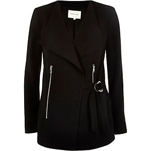 Black smart D-ring jacket