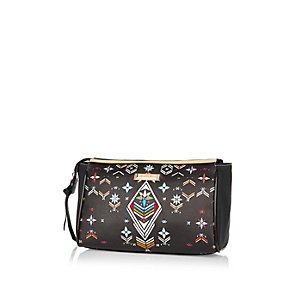 Black embroidery print wash bag