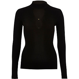 Black knitted keyhole front top
