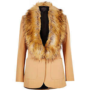 Camel brown faux fur collar blazer