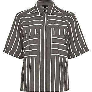 Grey stripe boxy shirt