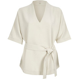 Beige short sleeve belted top