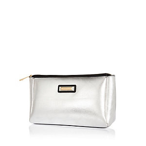 Metallic silver wash bag
