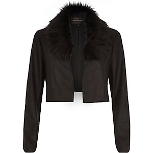 Black cropped faux fur collar jacket