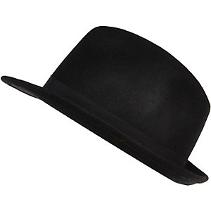 Black felt trilby hat