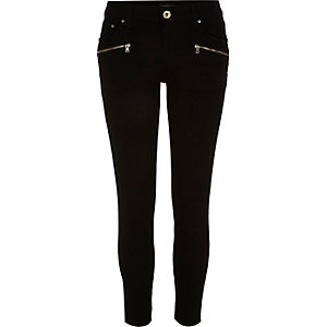 Black low rise Amelie superskinny jeans