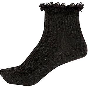 Dark grey frilly ankle socks
