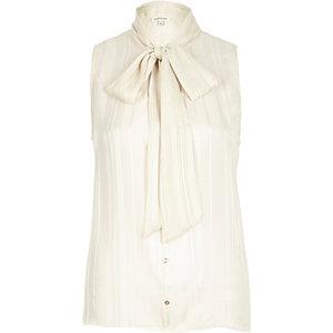 Cream pussybow blouse