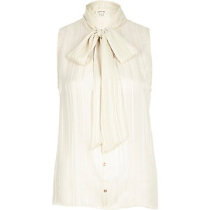 Cream pussybow blouse