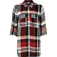 Dark red pocket check shirt