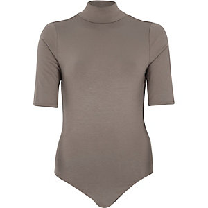 Brown turtle neck backless body